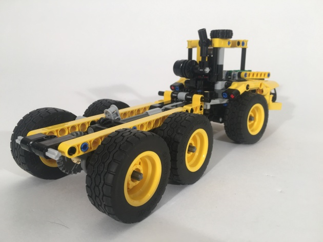 K-TEC 1233 Tractor