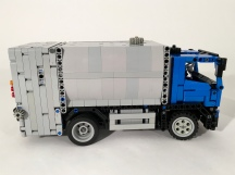 Volvo FE Right