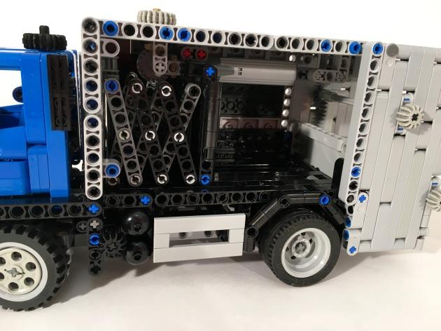 Volvo FE Compactor